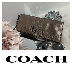 Coach Pewter a metallic Clutch